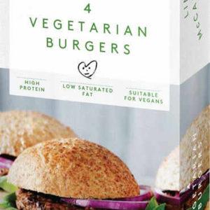 Hamburguesas vegetariana y veganas hechas de una mezcla de proteína de soja texturizada rehidratada y cebolla roja